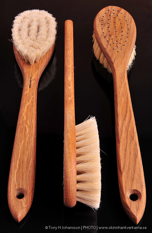 Bath brush with handle soft