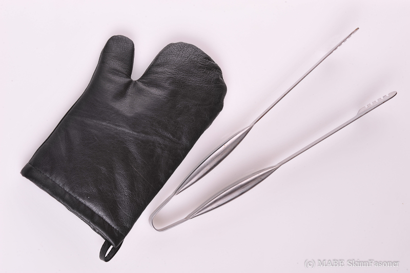 Leather BBQ mitts, black
