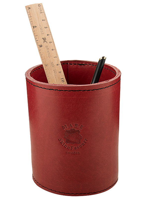 Pen holder in leather
